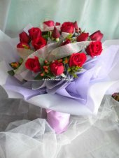 AHR1459 - Red roses