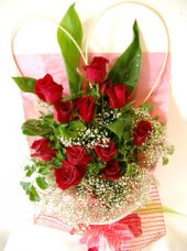 AHR8598 - Red roses
